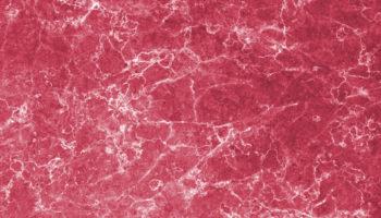 Das Aussehen von Ekomethylgranit (EkMG) erinnert an rosafarbenen Granit